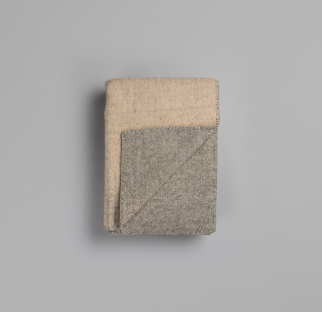 RØROS - Bernadette light pink/light grey lambswool